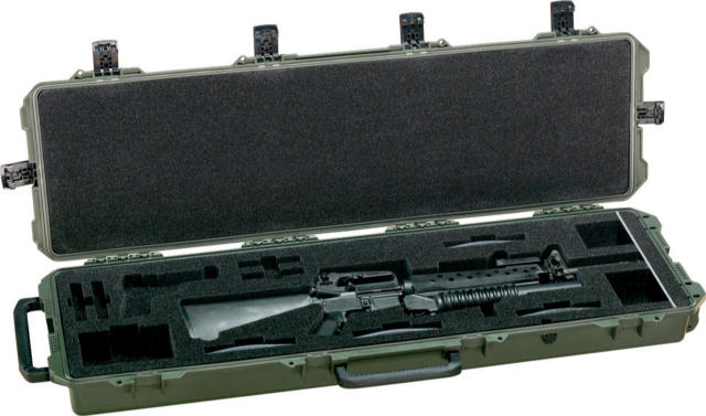Pelican 472-PWC-M16 Rifle Case with Custom Foam for 1 Assualt Rifle - Black